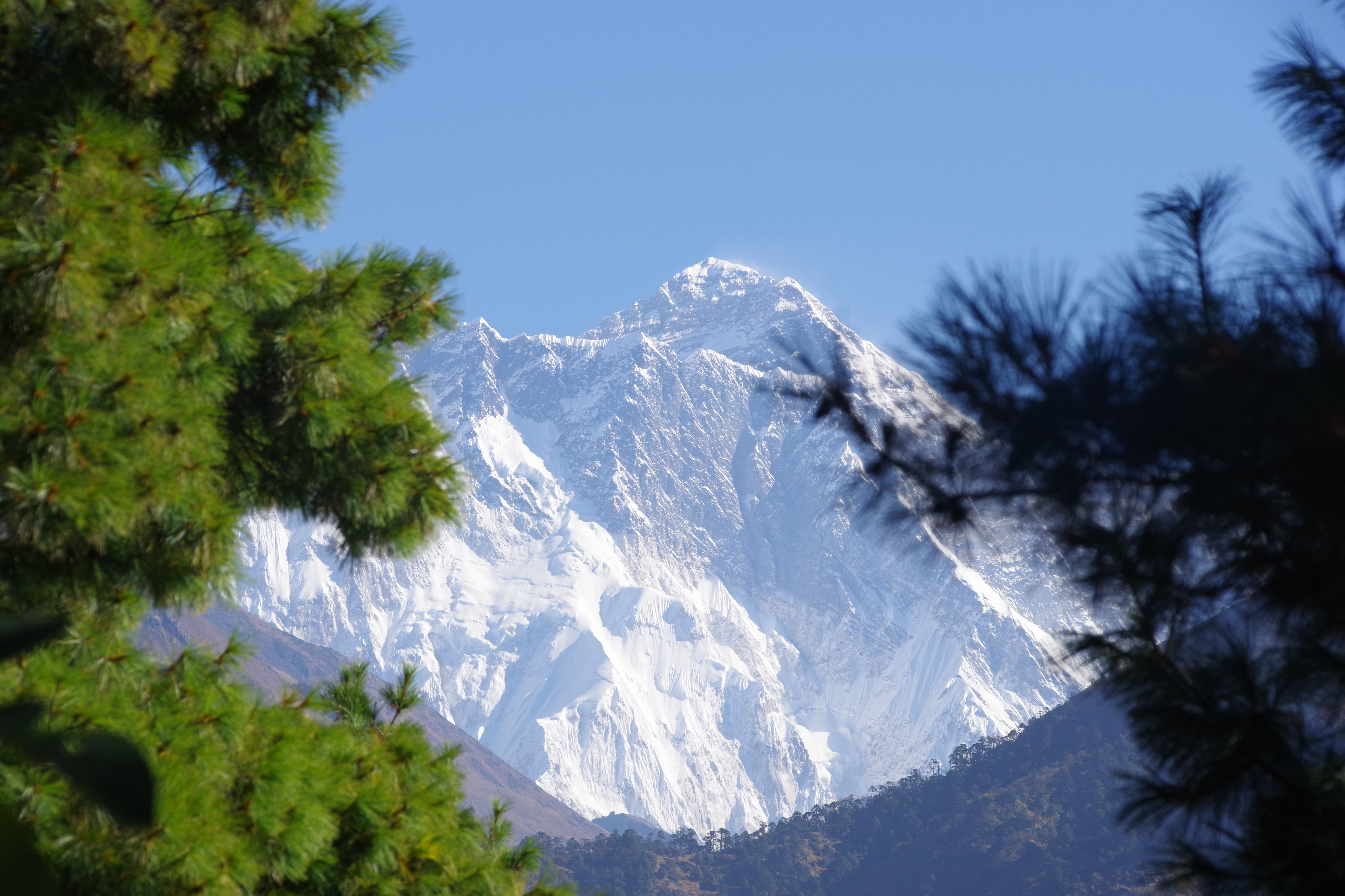 Mountain views from along the trek to Everest Base Camp